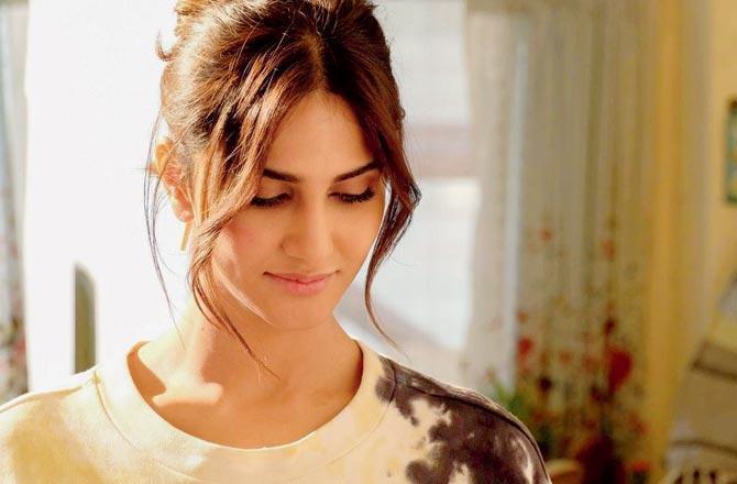 Abhishek Kapoor shares Vaani Kapoor's first look in Chandigarh Kare Aashiqui