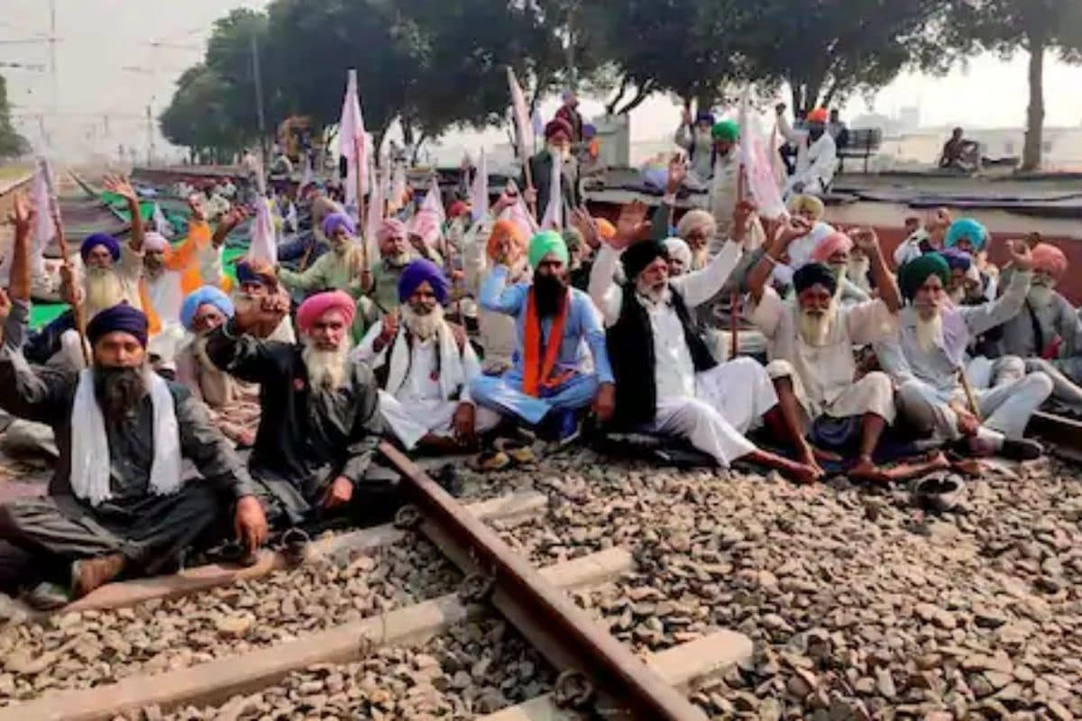 Agitating Punjab Farmers Agree to Allow Passenger Train Movement from Monday