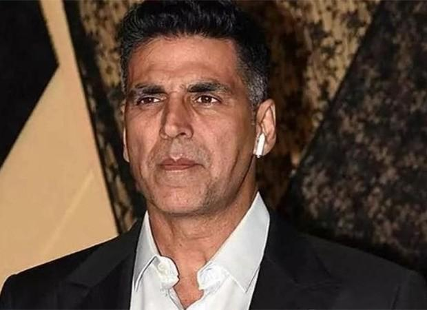 Akshay Kumar serves Rs. 500 crore defamation notice to YouTuber who dragged him in Sushant Singh Rajput case and earned lakhs by spreading fake news : Bollywood News – Bollywood Hungama