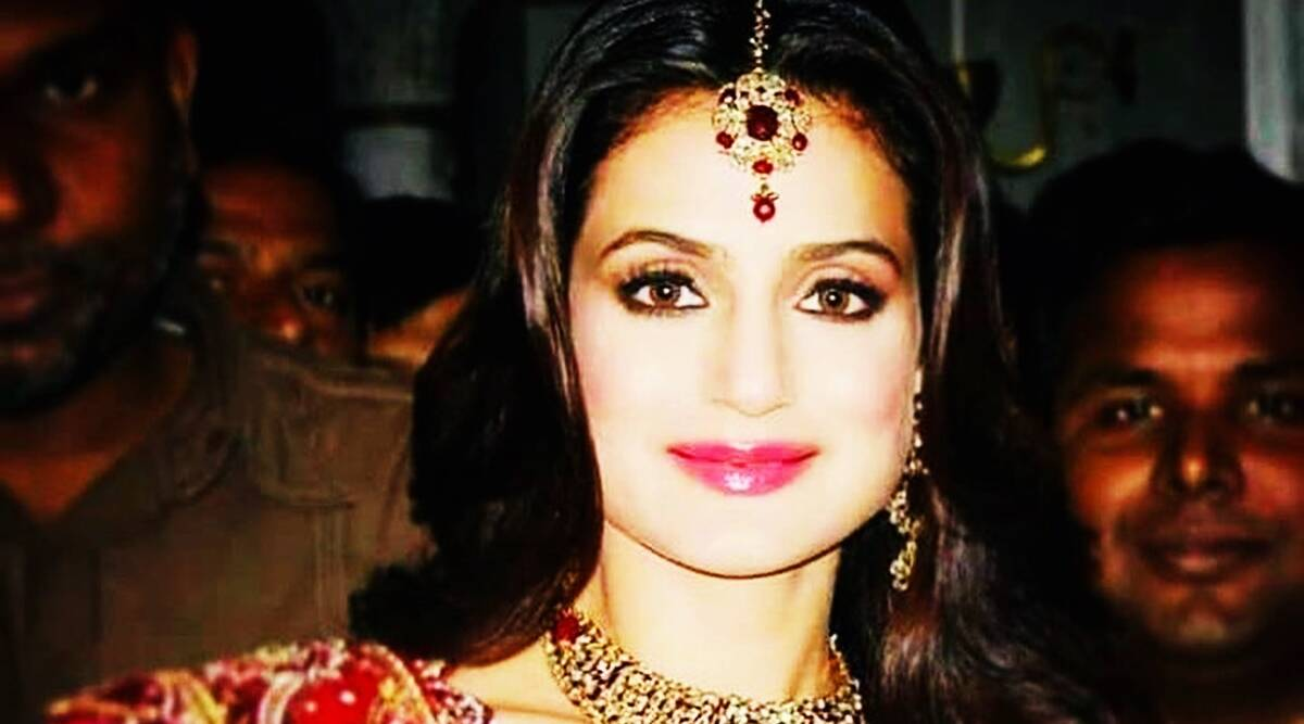 Ameesha Patel claims she was threatened by LJP leader, politician denies charges