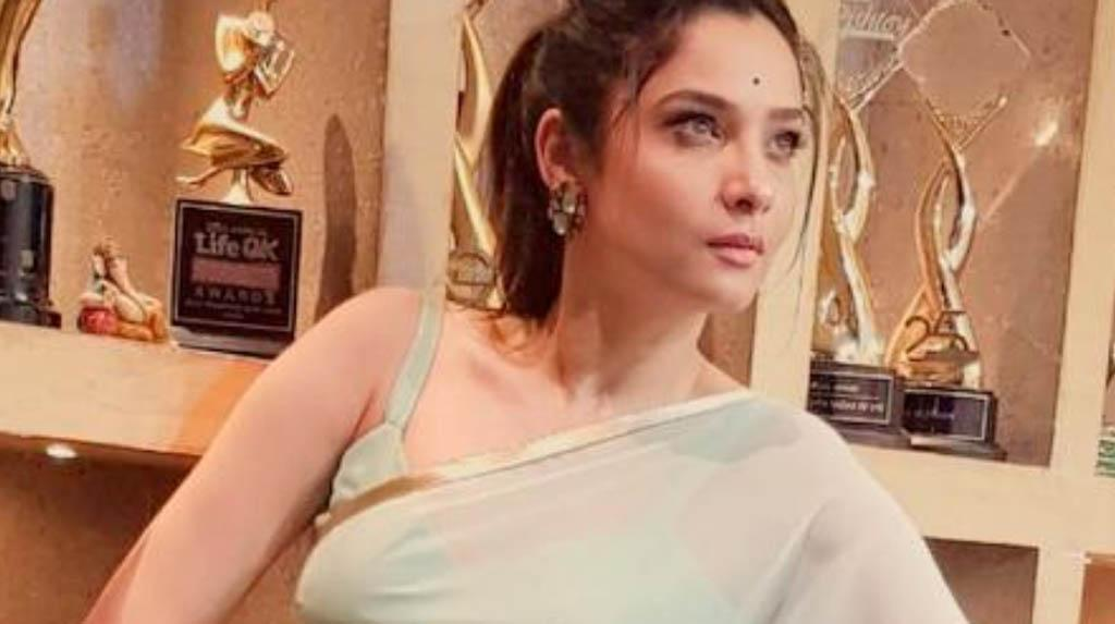 Ankita Lokhande Shares Throwback Pictures From The Sets Of 'Manikarnika