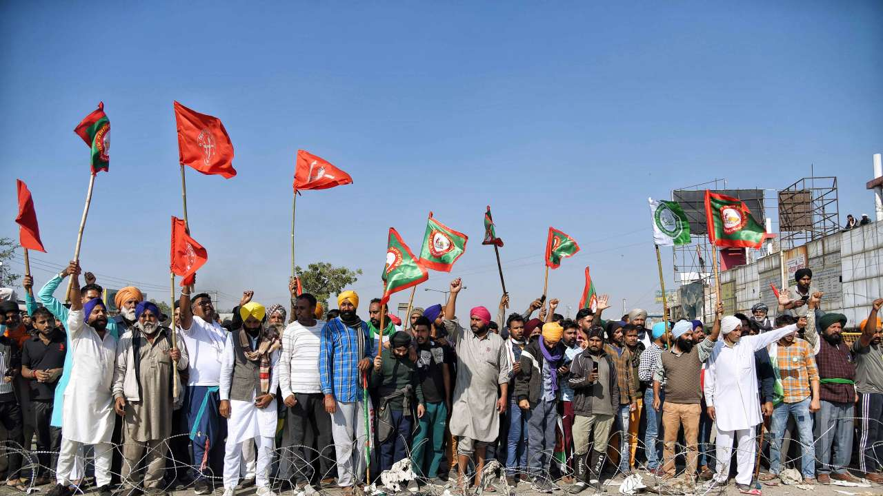 Dilli Chalo protest: Farmers refuse to go to Burari; Amarinder urges them to accept Shah's appeal