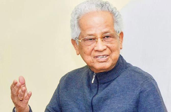 Ex-Assam CM Tarun Gogoi cremated with full state honours