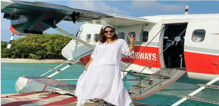 Hina Khan Took Off To The Maldives For A Romantic Vacation