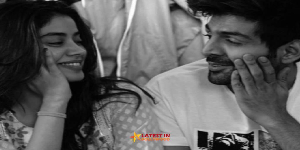 Janhvi Kapoor Wish Kartik Aaryan First Instagram Story Birthday Picture