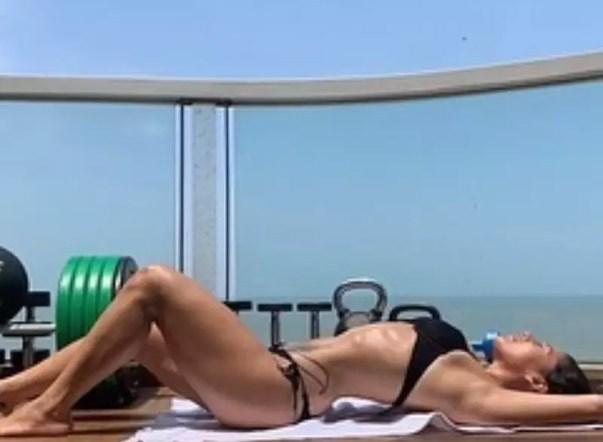 Krishna Shroff Shares A Dazzling Picture In A Black Bikini