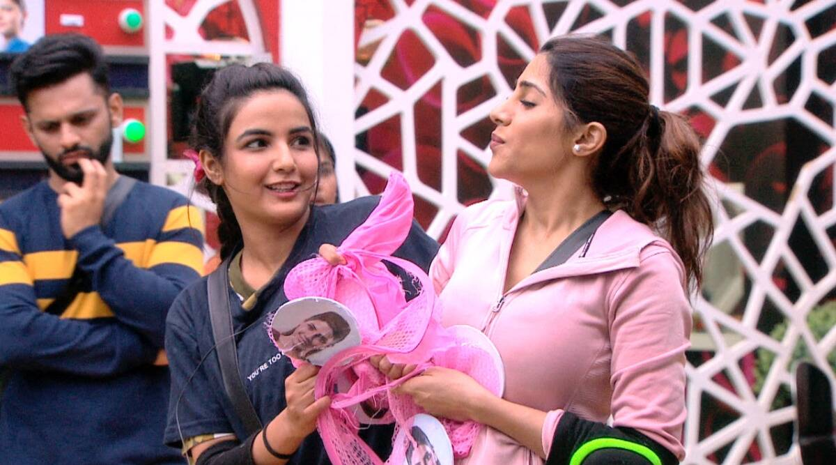 Mid-week eviction on Bigg Boss 14