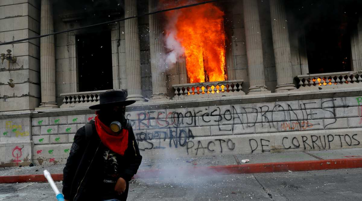 Protesters torch Guatemalas Congress building amid unrest