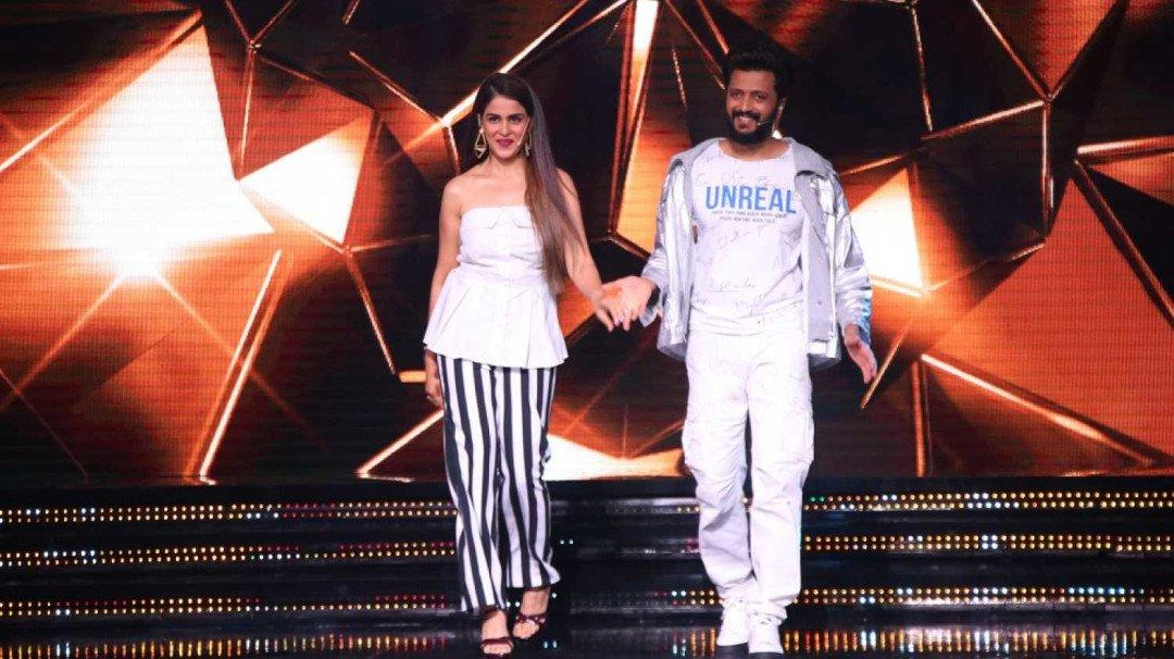 Riteish and Genelia return to screens as hosts of a game show on Flipkart