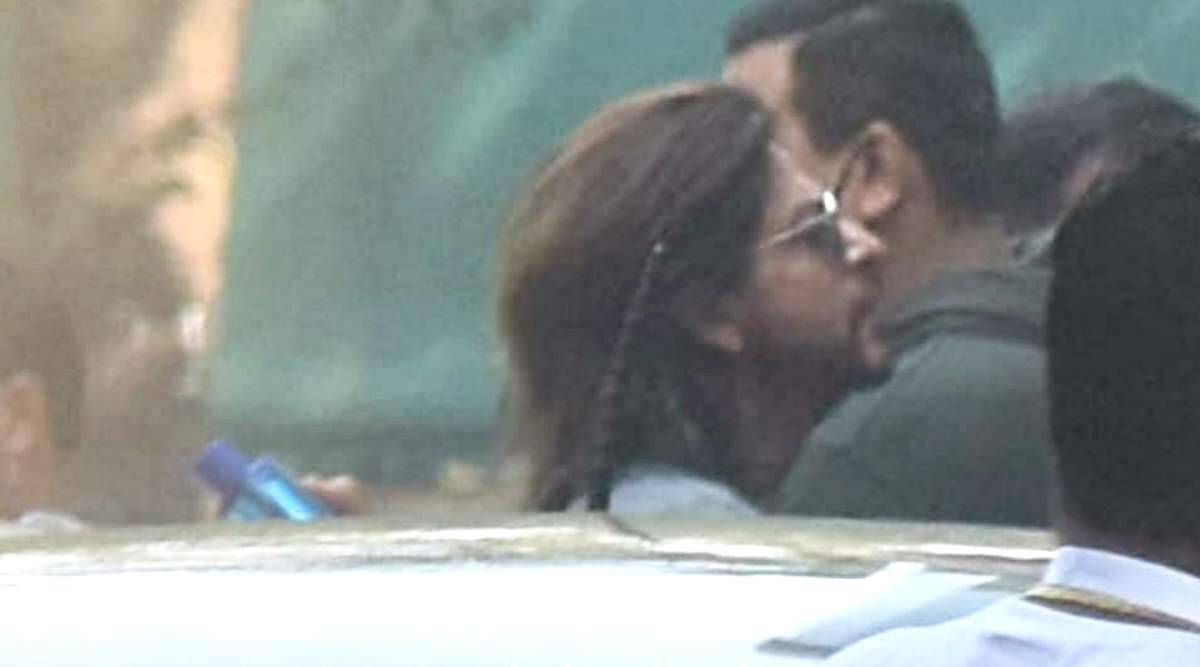 SRK begins filming his next, see photos