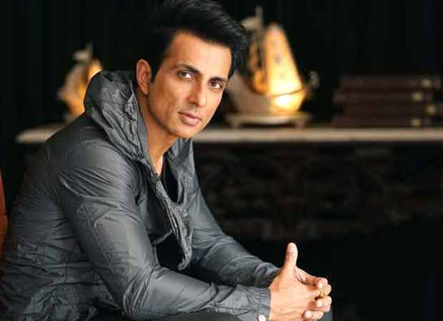 Sonu Sood's cyclist fan airlifted from Varanasi with his cycle : Bollywood News – Bollywood Hungama