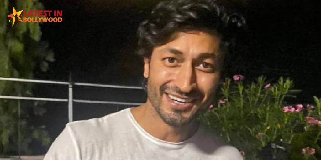 Vidyut Jammwal Santa Grandson Photographs Ask 'Send In Their Desires' From Fans