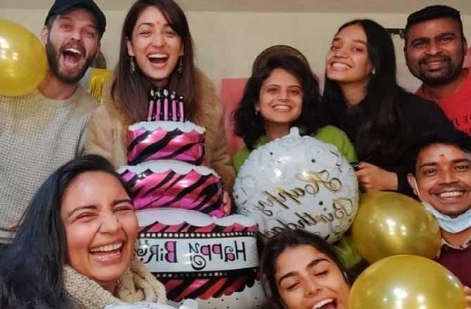 Yami Gautam thanks her extended family for making her working birthday memorable