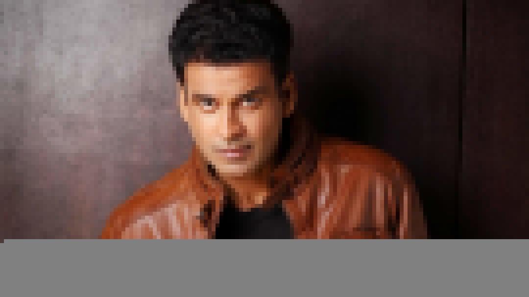"""Manoj Bajpayee, Neena Gupta and Sakshi Tanwar to star in """"DIAL 100"""""""
