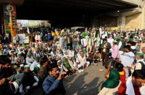 Delhi Home Minister visits Singhu Border, says AAP stands with protesting farmers