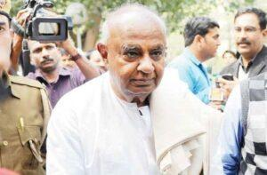 Deve Gowda bats for free COVID-19 vaccine to the poor