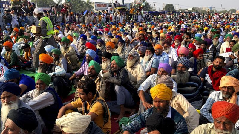 Farmer unions call meeting to decide on Centre's offer to hold talks