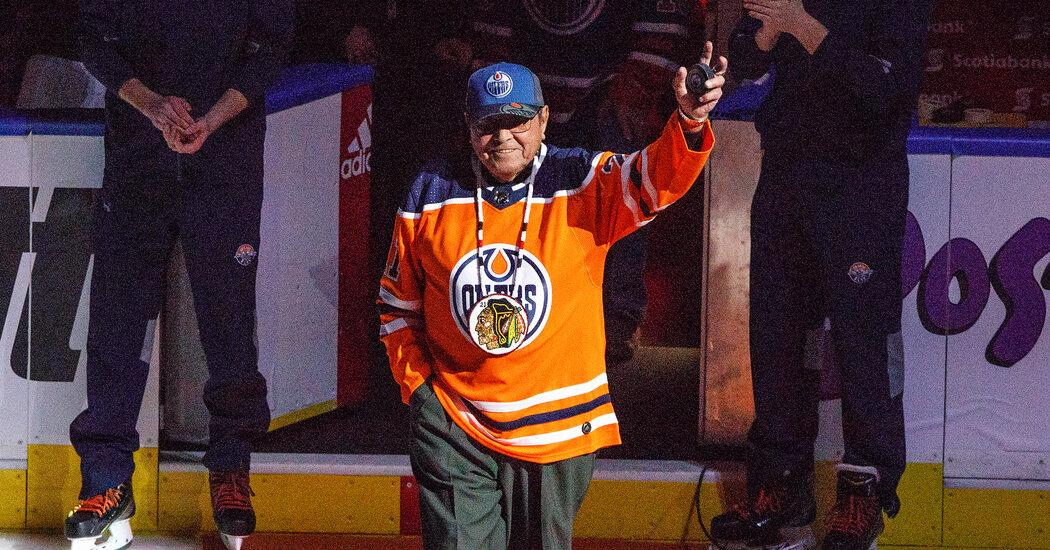 Fred Sasakamoose, One of the First Indigenous N.H.L. Players, Dies at 86