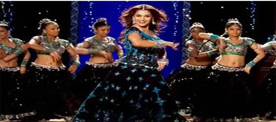 Madhuri Dixit Celebrates 13 Years Of 'Aaja Nachle'