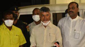 Speaker Thammineni Seetharam loses cool at Naidu's threatening gesture