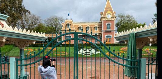 Disneyland Refunding Annual Passports, Sunsetting The Program