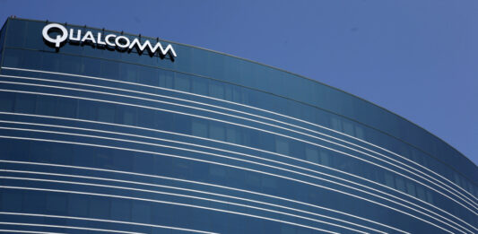 Qualcomm buys a startup founded by former Apple chip designers