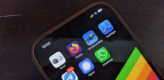 Signal adds new features: Will it be the new WhatsApp? | NextPit