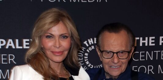 Larry King's estranged wife Shawn 'likely' to inherit estate despite secret will, lawyer says