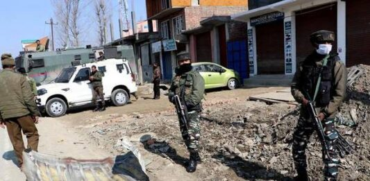 Major tragedy averted as Army destroys suspected IED on busy highway in J&K's Rajouri