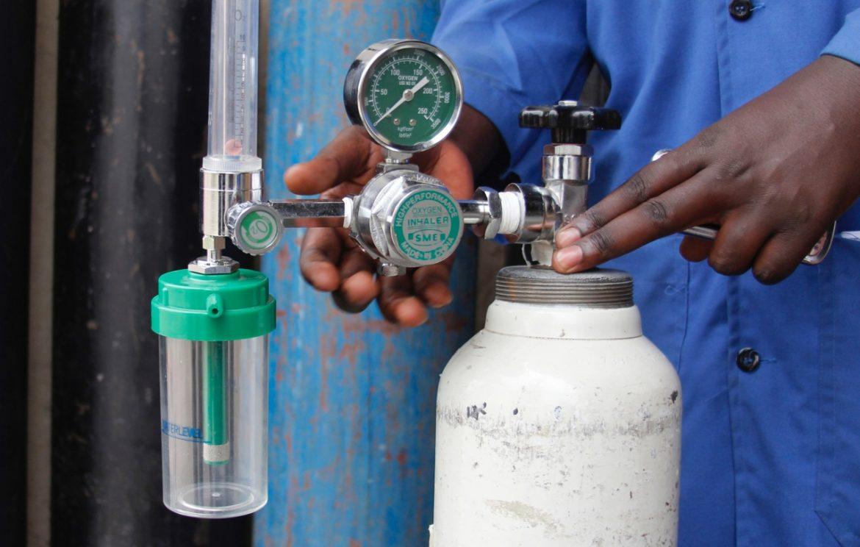 medical-oxygen-cylinder